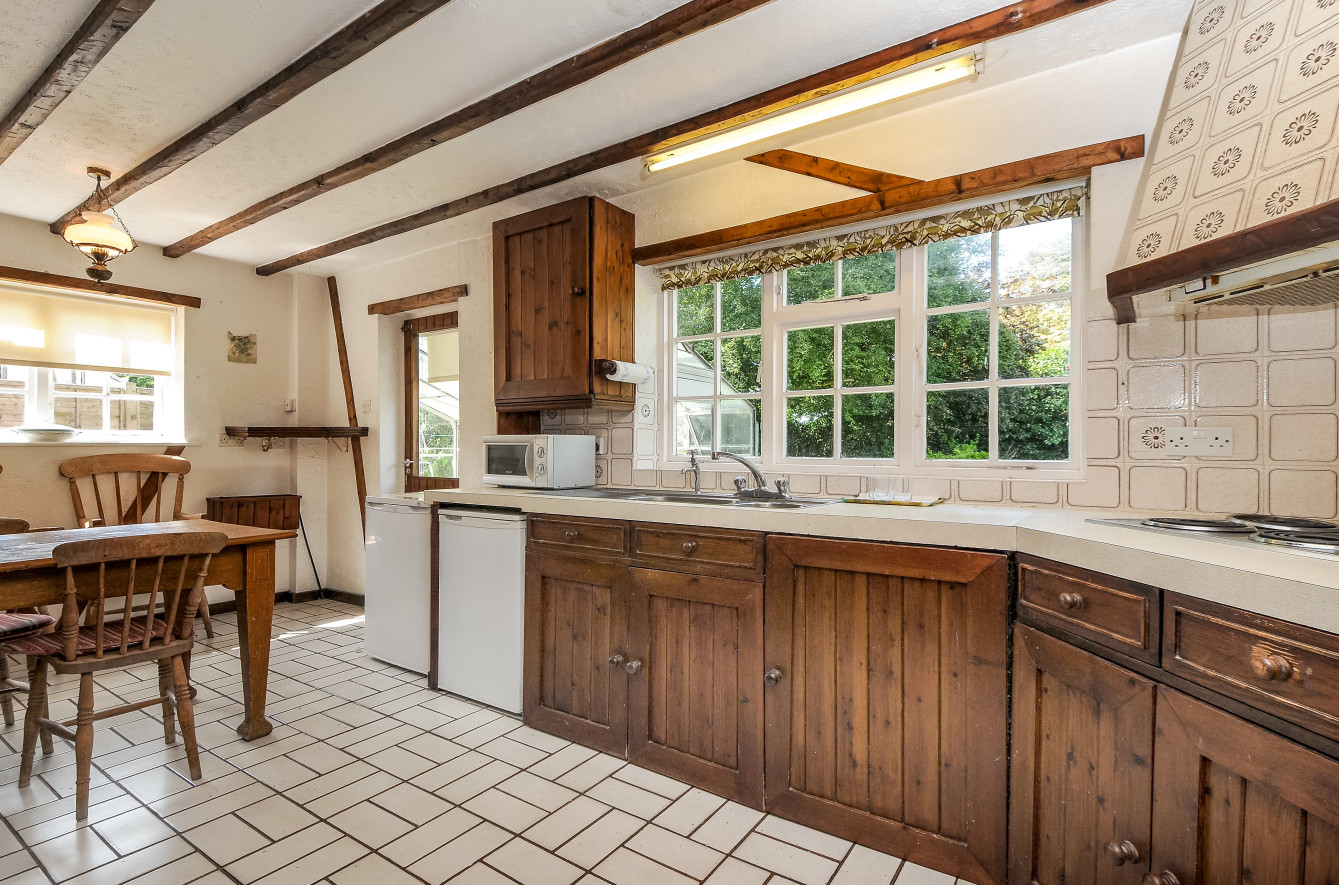 Beach House On Private Estate In Wittering