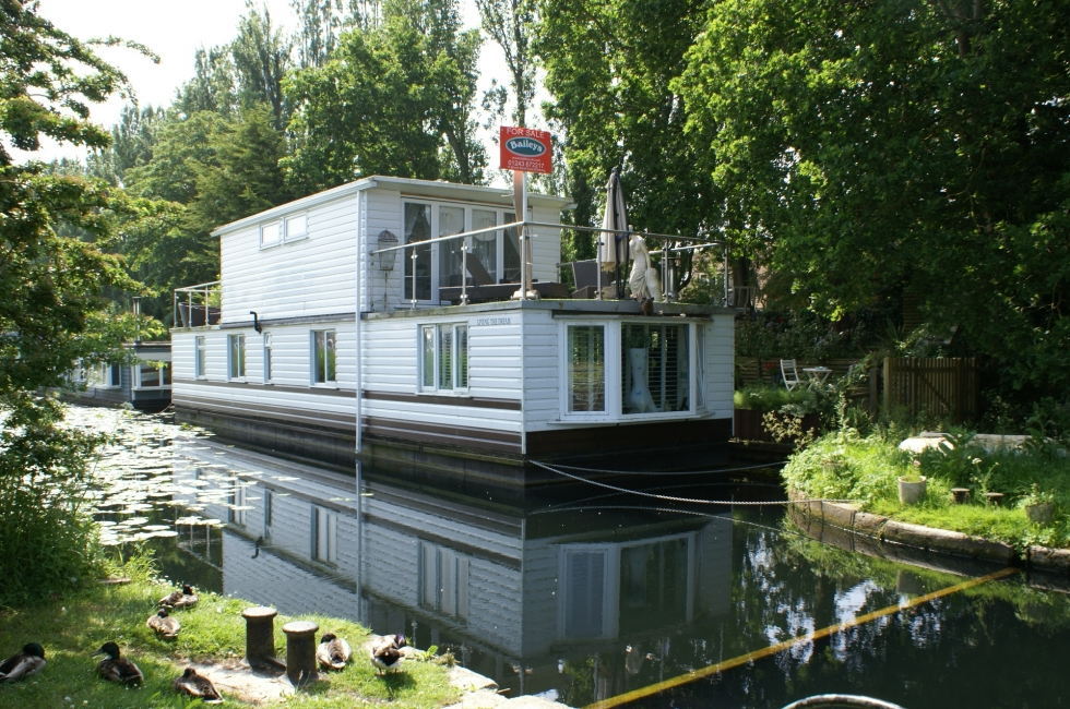 Boat Living : Property for Sale, Birdham: Houseboat Living the Dream ...