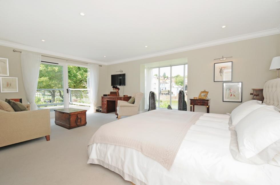 Master Bedroom leading onto the balcony